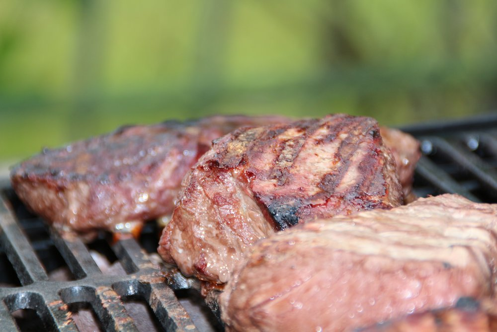 steaks-barbecue-summer.jpg