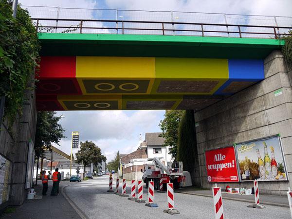 martin-heuwold-lego-bridge-01.jpg