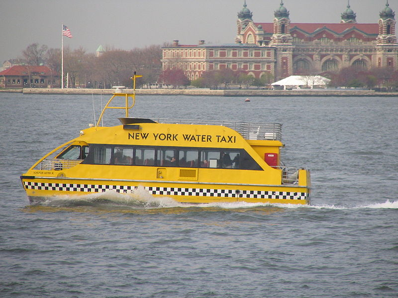 800px-Water_Taxi.JPG