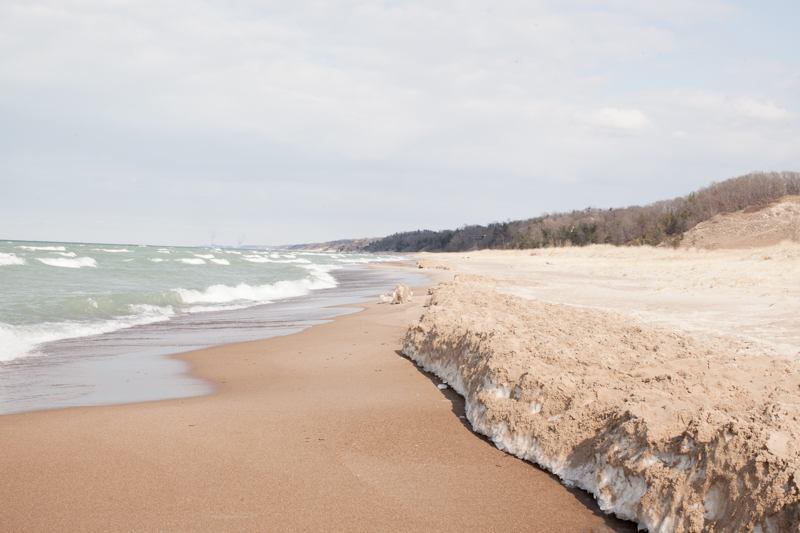 trails-and-ales-indiana-dunes-beach