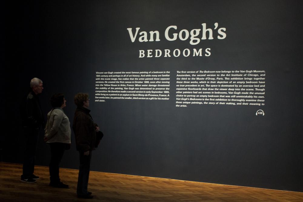 van-gogh-bedrooms-art-institute-chicago