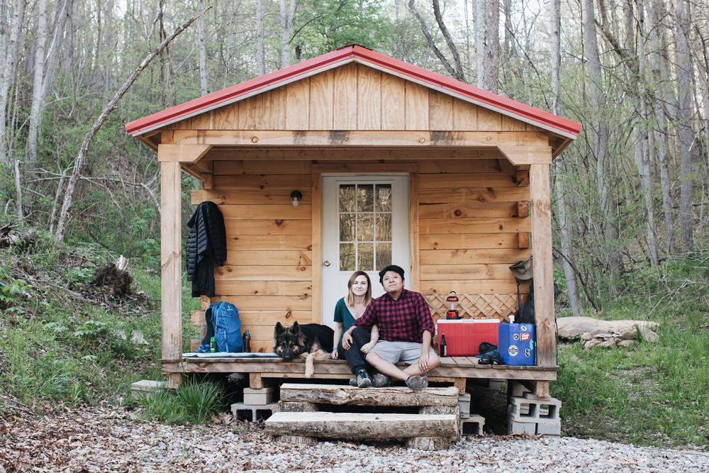 cabin_family_photo_ohio