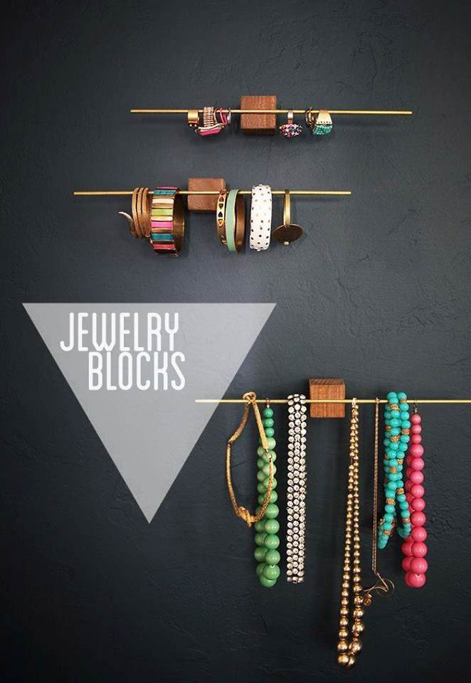 Jewelry Blocks | Champagne Takeout