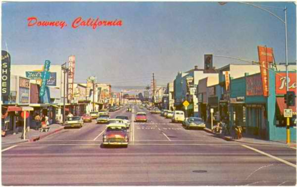 downey_california_street_scene_1950s_cars_1953_dodge.jpg
