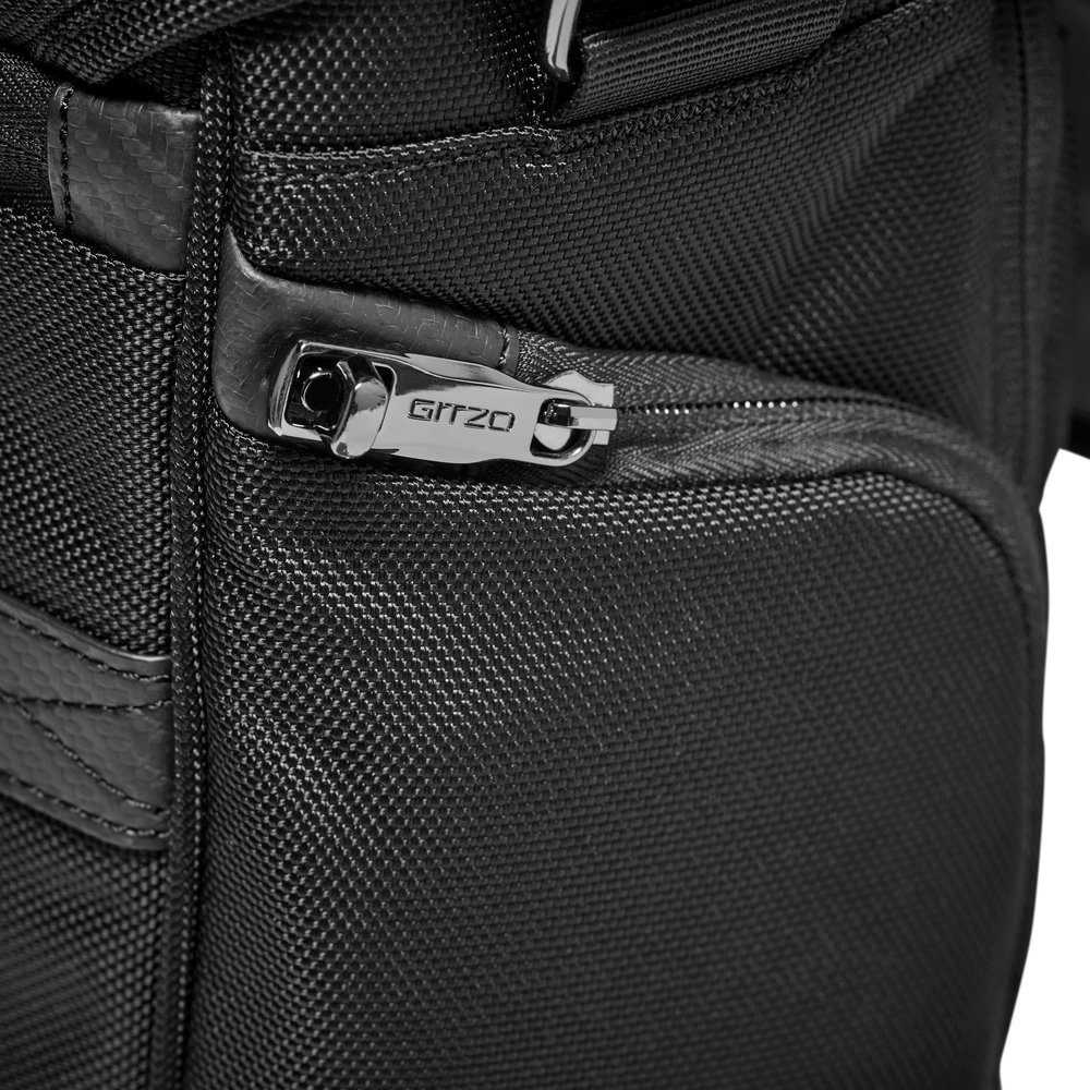 HR-GITZO_camera_bag_lockable zipper.jpg