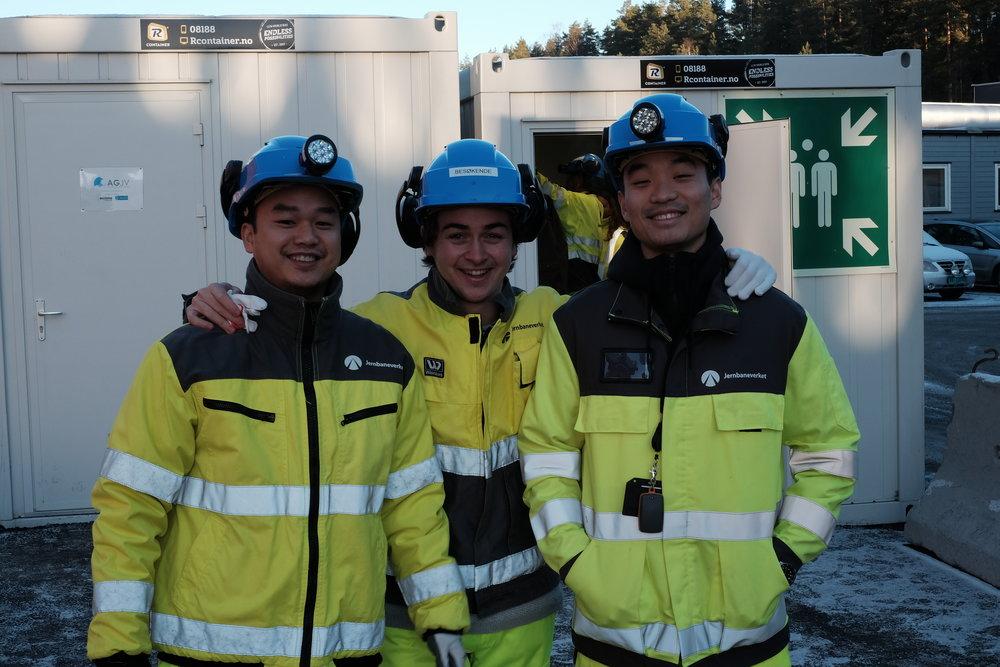 F.v.: Thach Nguyen, Carl Simon Grimwade og Yan Zhou.