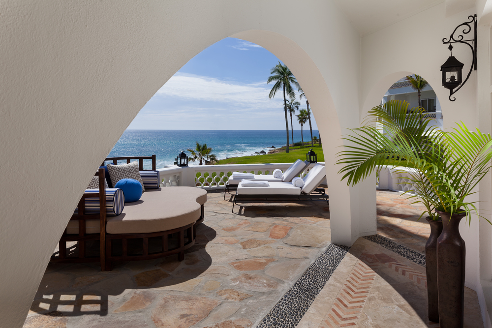 One&Only Palmilla_Ocean Front Palmilla Junior Suite_Terrace.jpg