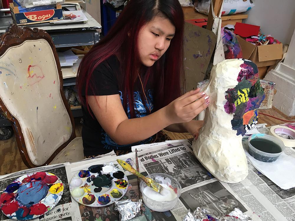 1000pxl Naomi painting sculpture, IMG_1516.jpg