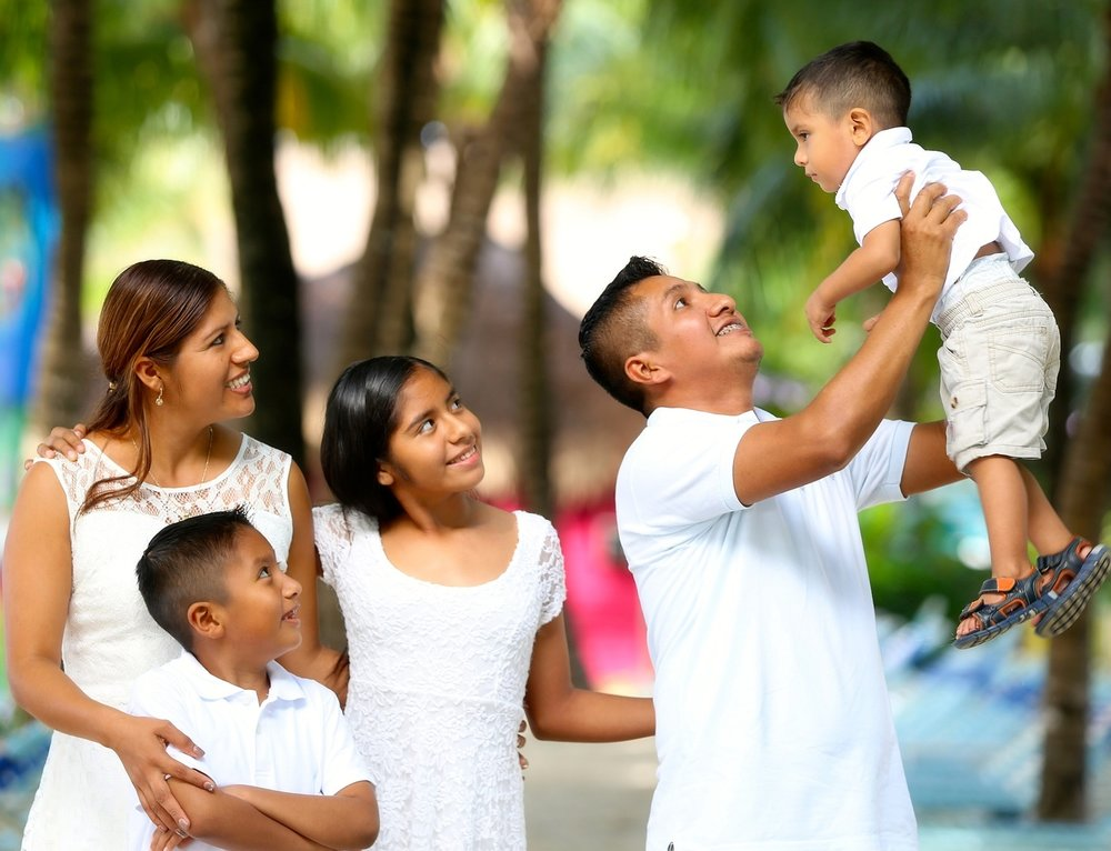 family-2432048_1920 (1).jpg