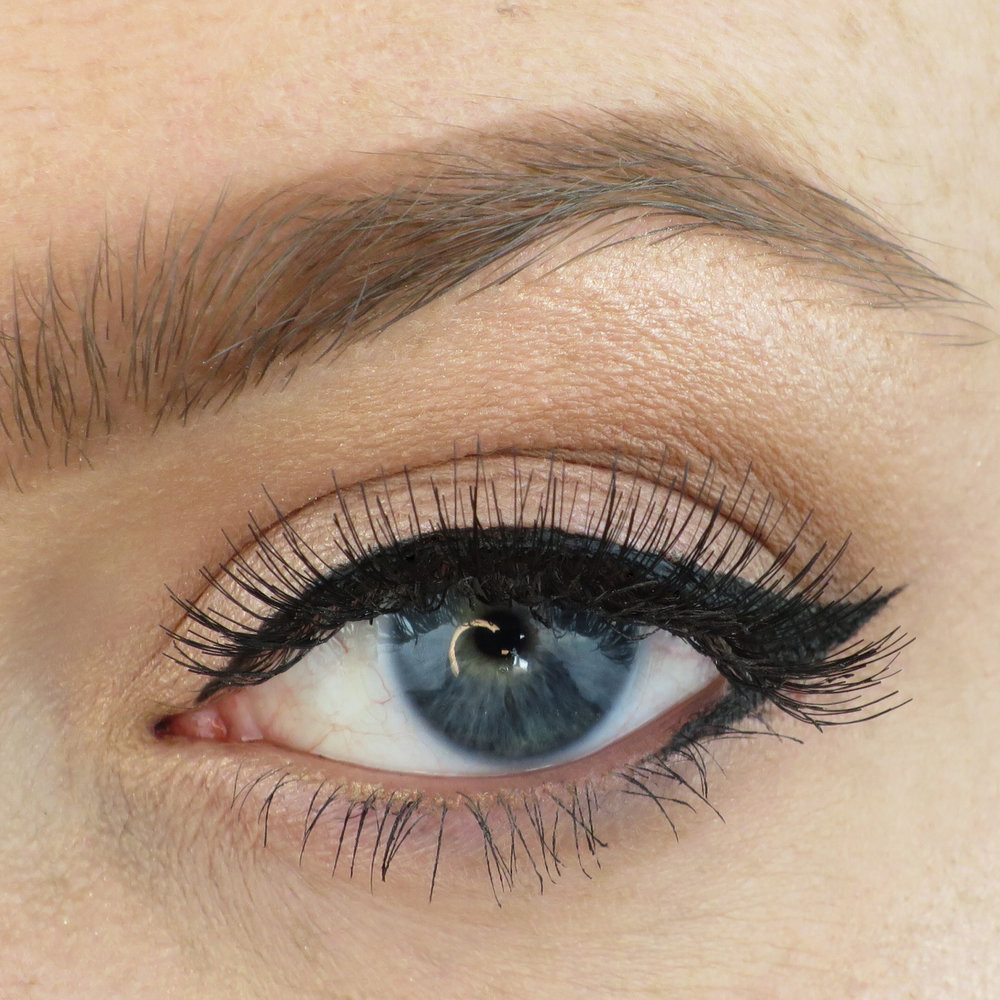 054478ee74b LOOK // EYLURE LASHES // FAVOURITES & NEW PRODUCTS — Cara Scott ...