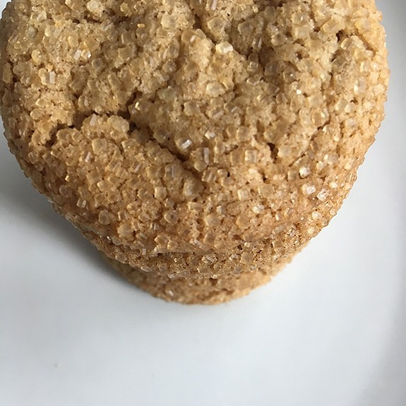 a view from the top. 😋 original ginger at its yummiest. 🙌 . . . . . . . . . .#homebaking #bake #tobake #cookies #cookiebaking #finallygingercookies #finallyginger #yumyum #yummycookies #gingercookies #goodforyou #cafe #snackbreak #snacktime #coffeeandcookies #teaandcookies #teatime #coffeetime