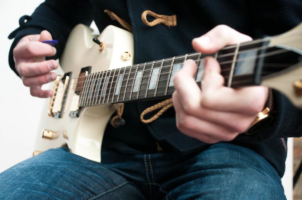 Antony Reynaert Blues Guitar Lessons.jpg