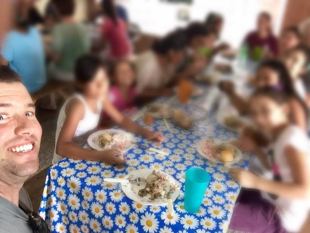 Dusty & Girls of Su Refugio Paraguay Enjoying Lunch (photos blurred for security purposes)