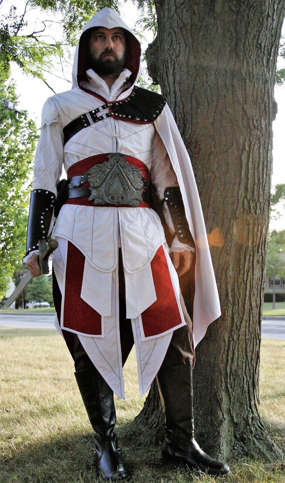 Ezio Auditore Brotherhood Cosplay - TwitchCon Cosplay Finalist