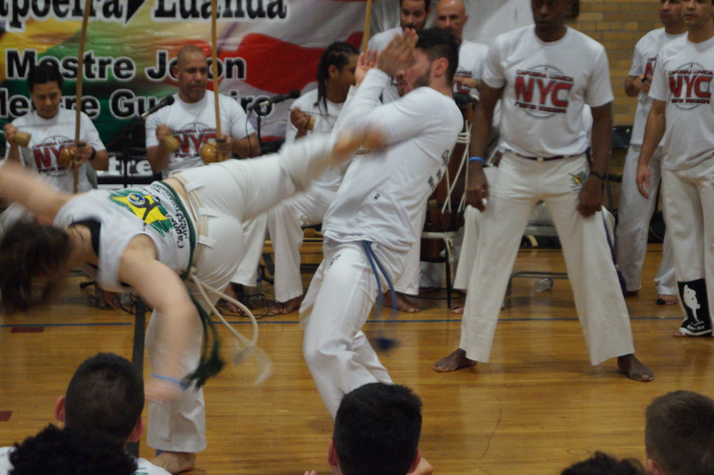 Coruja Kicking .JPG