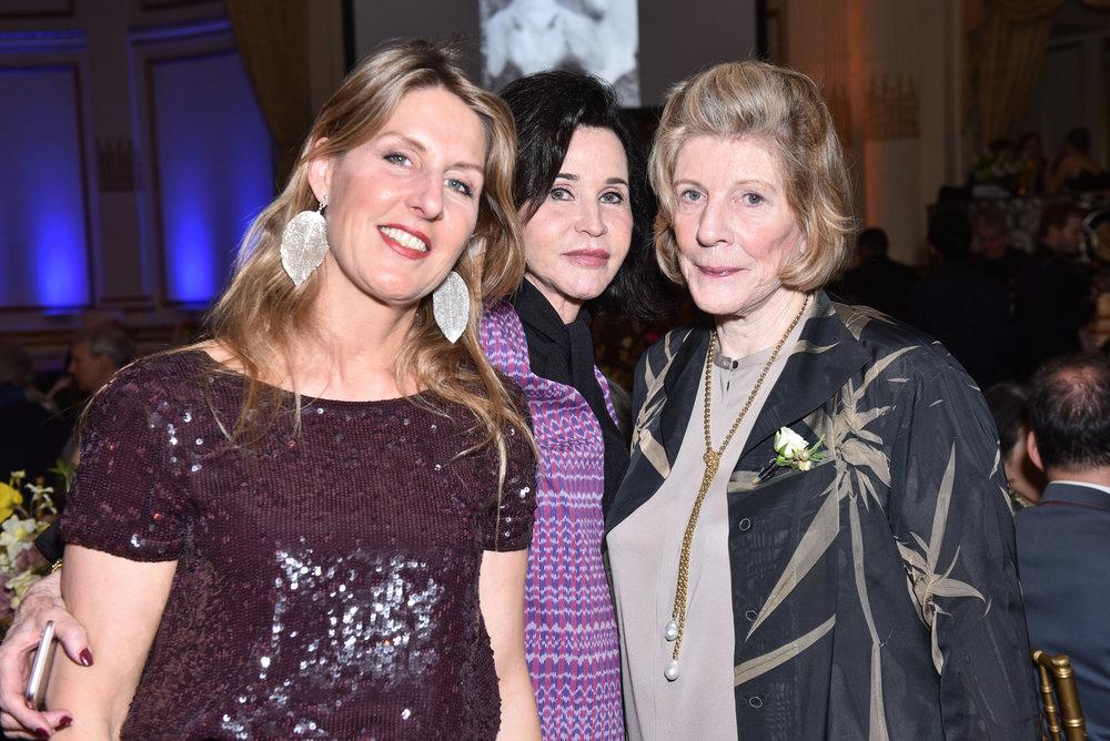 Barbara Gundlach, Pepita Serrano, Agnes Gund
