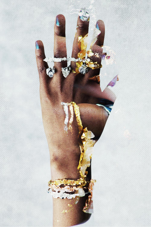 Nu Mode Magazine Niza Huang Hand