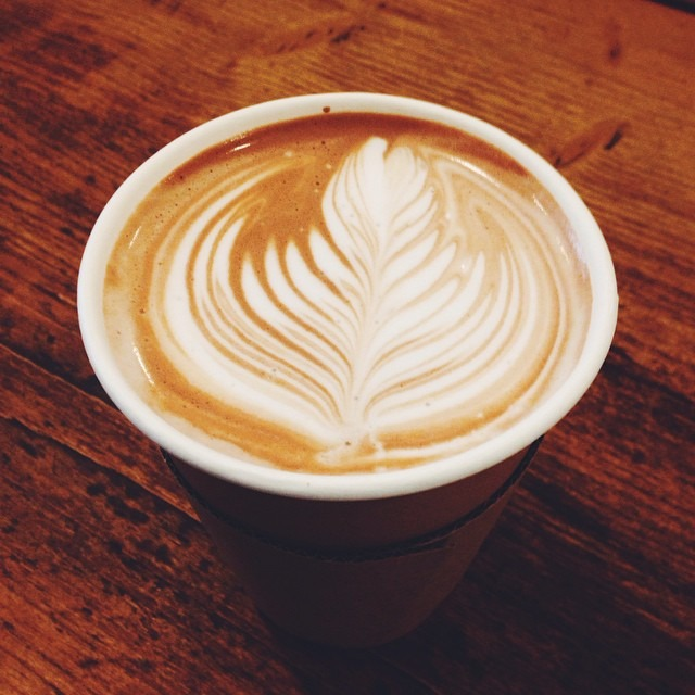 No time to stay? Take out coffees are just as tasty and still beautiful x #southsea #portsmouth #coffee #latteart