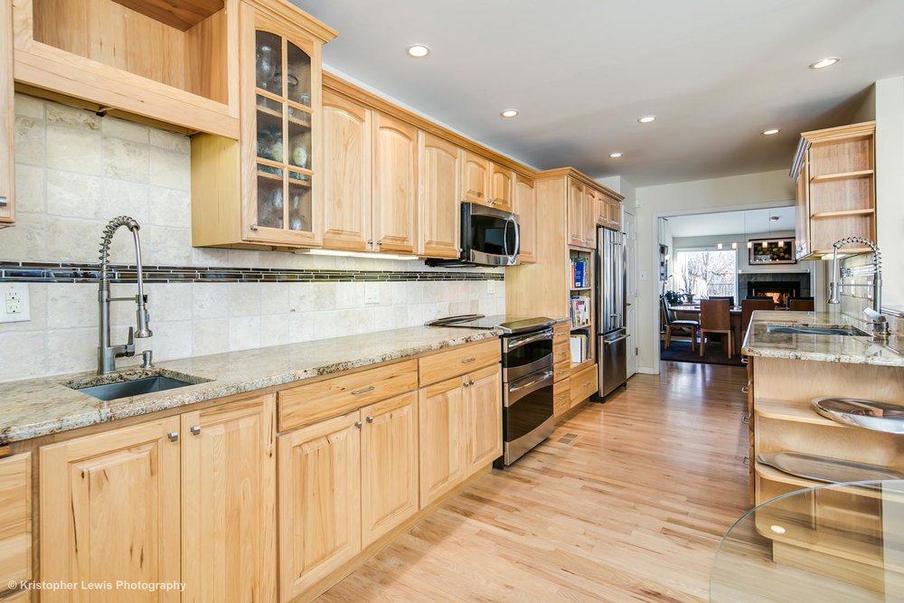 10000 E Yale 4 Denver CO 80231-large-010-89-Kitchen2-1500x1000-72dpi.jpg
