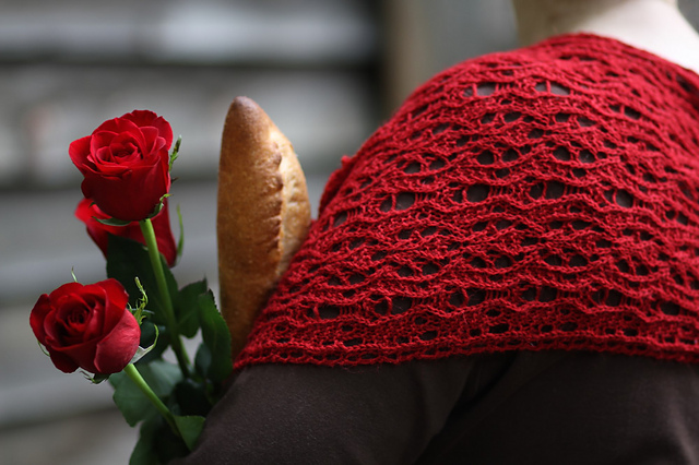Bread and Roses is a beautiful scarf using one of Naomi's self-designed stitch patterns. Photo © Kathryn Walbert