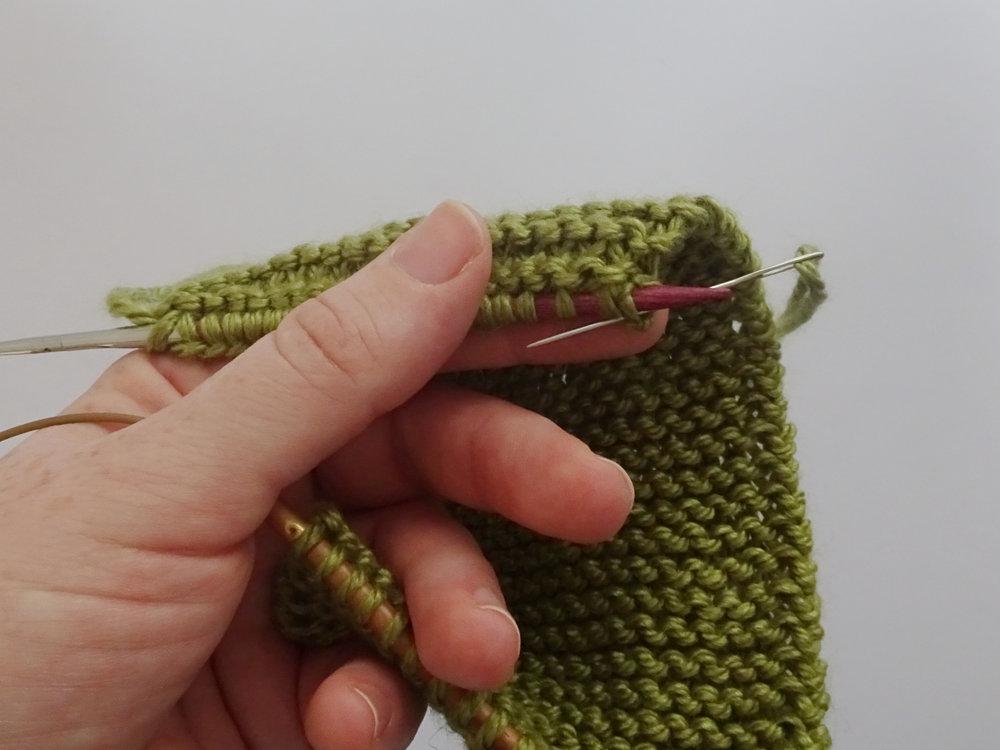 0a anchor yarn.jpg