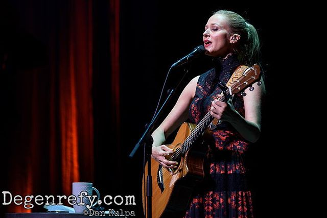 Click the link in our profile to see more shots of @jewel and read our review of her show at @carolinatheatredurham! #jewel #jdandthestraightshot #picoftheday #music #love #livemusic