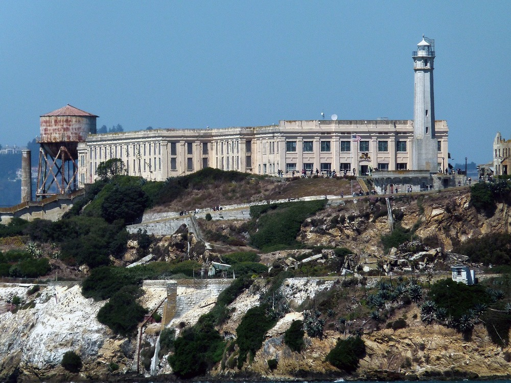 Alcatraz, the famous island prison-turned-tourist-attraction, runs on a micro grid.