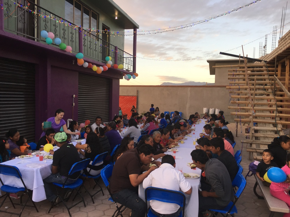 At the end of the volunteer week, the SHU team had a fiesta with our friends from the Oaxaca City dump - full of homemade tostadas, musical chairs, and lots of laughing! (January 2016)