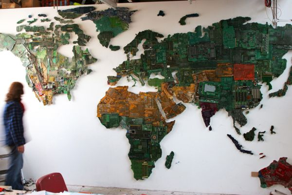 ('World' in studio. in progress. 2010. ©  Susan Stockwell )