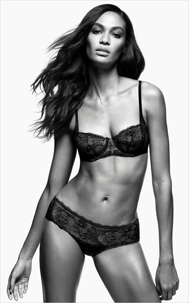 Joan-Smalls-Zalando-Calvin-Klein-Underwear-04-620x992.jpg