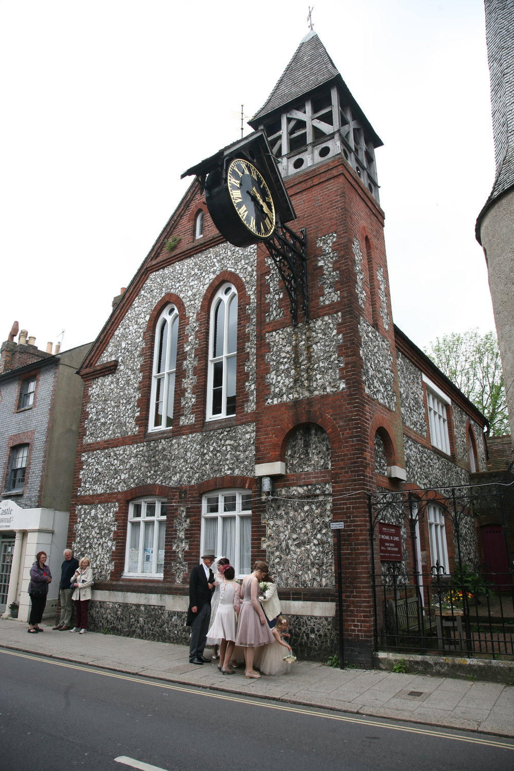 Wedding party arrives at Saint Michael in Lewes