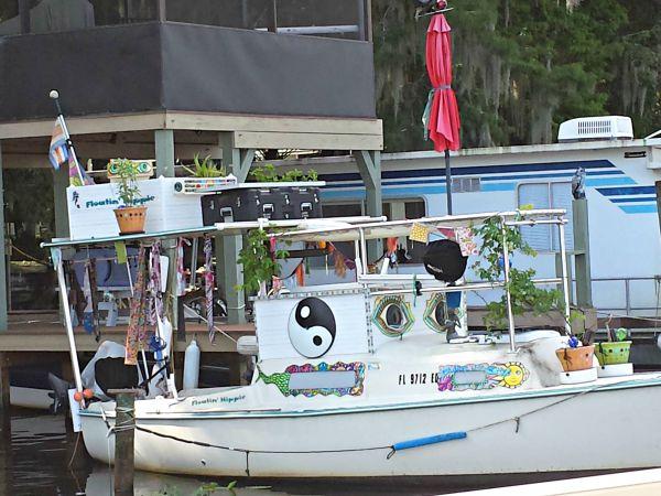 floatinhippie2.jpg