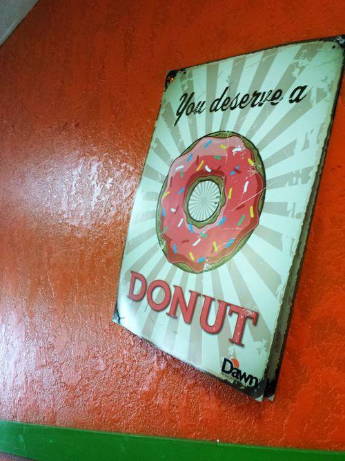 Donut_sign.jpg