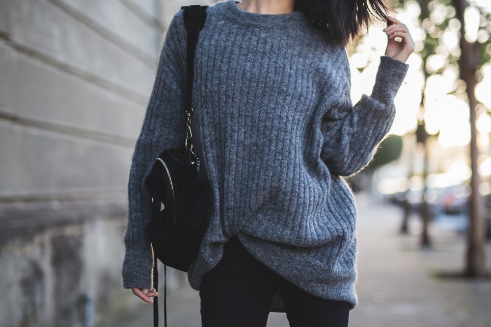 hmgreysweater.jpg