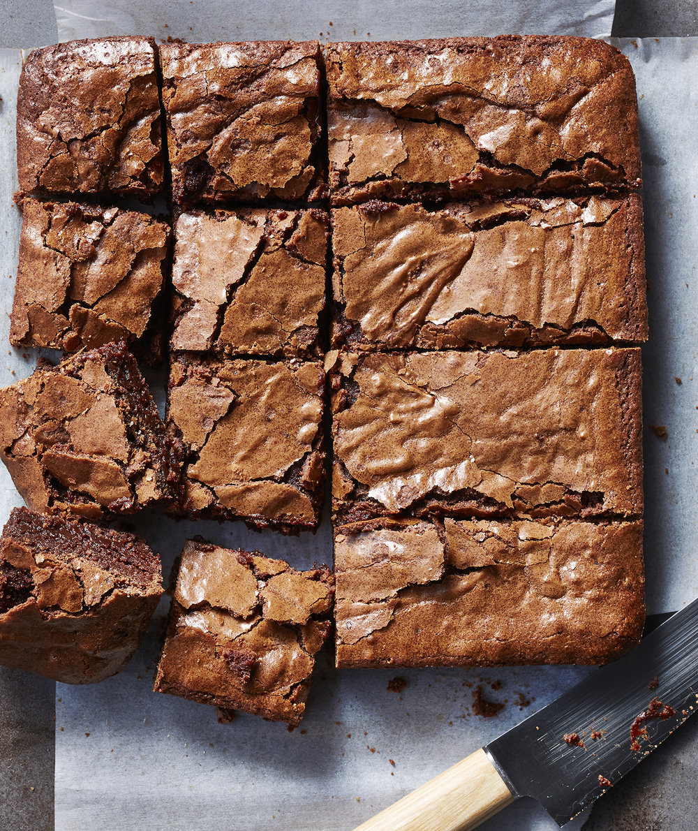 What's the Difference Between Chewy, Fudgy, and Cakey Brownies?