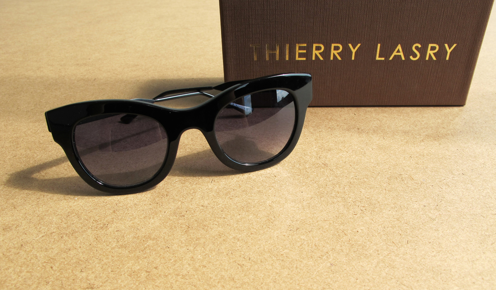 Thierry Lasry - Leggy