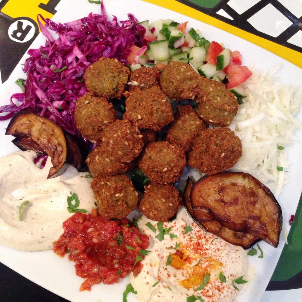 Fallafel Vegetarian Plate 15 euros