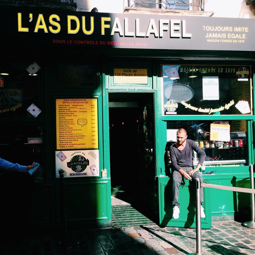 32-34 rue des Rosiers, le Marais, 75004