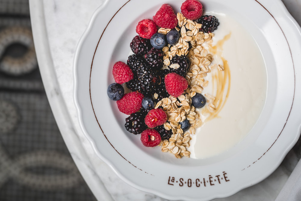 Le brunch at La Société - If you're an out of towner, La Société will give you that little 'Parisian experience' you were looking for coming to Montréal.