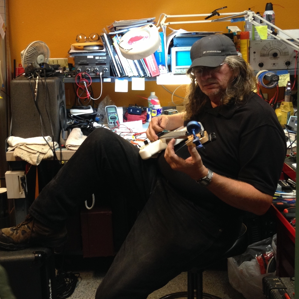 willie-san-diego-guitar-instrument-amp-repair