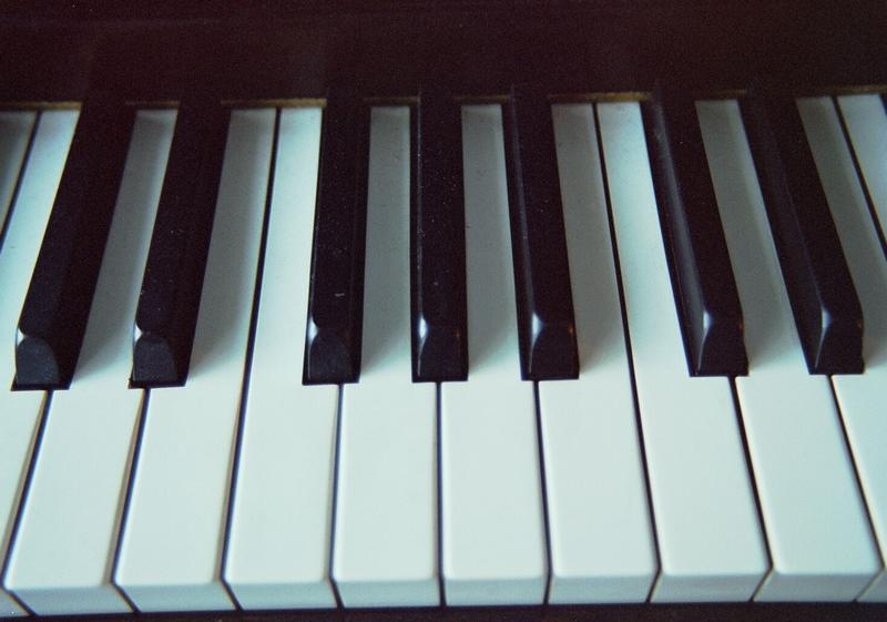 Piano-keyboard