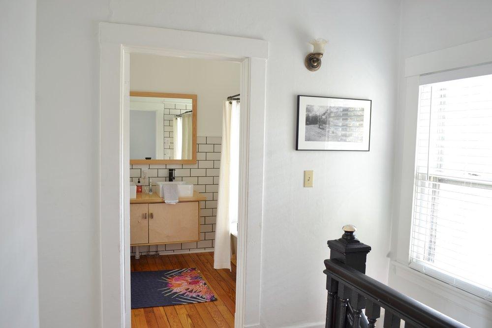 Bathroom-mirror-frame-idea1.jpg