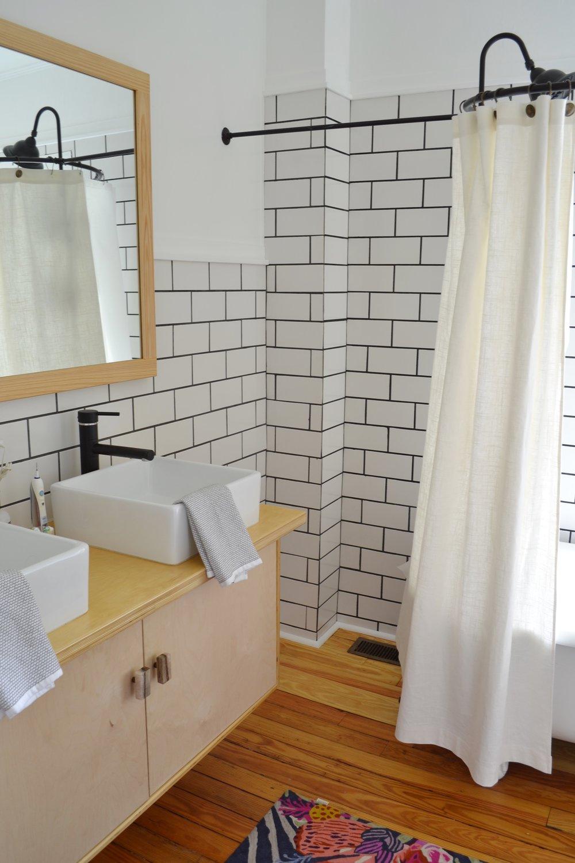 Bathroom-mirror-frame-idea3.jpg