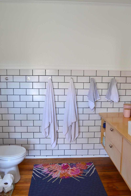 Bathroom-decor-ideas-budget-diy06.jpg