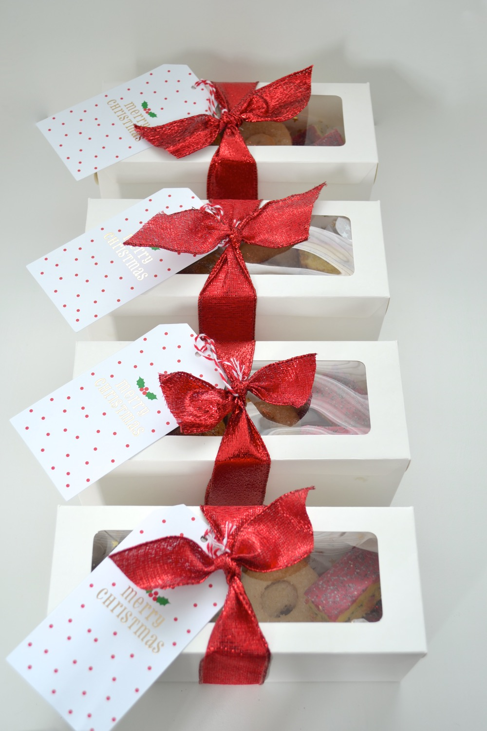 Christmas Cookie Gift Packaging and a Recipe! — The White Apartment
