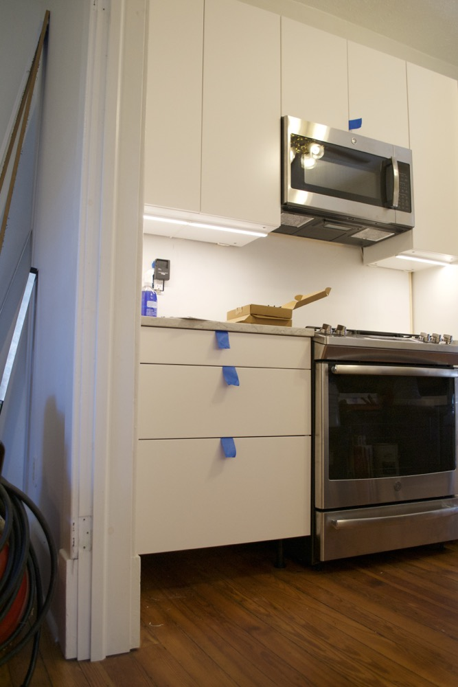 kitchen-under-cabinet-lighting-diy-option12.jpg