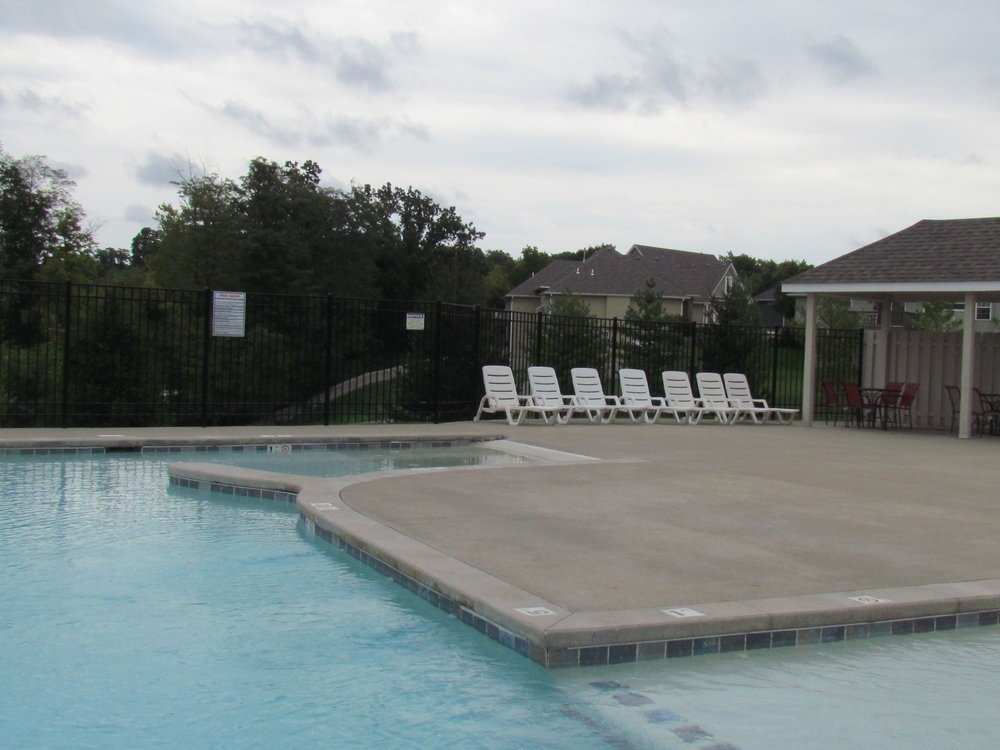 bellwood-new-home-community-pool-columbia-mo-girard-homes