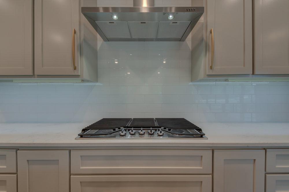 Kitchen_Gas_Cooktop.jpg