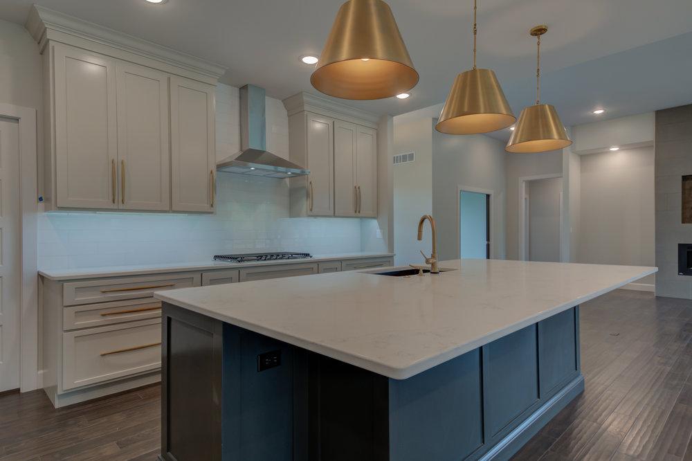 Kitchen_Quartz_Countertops.jpg