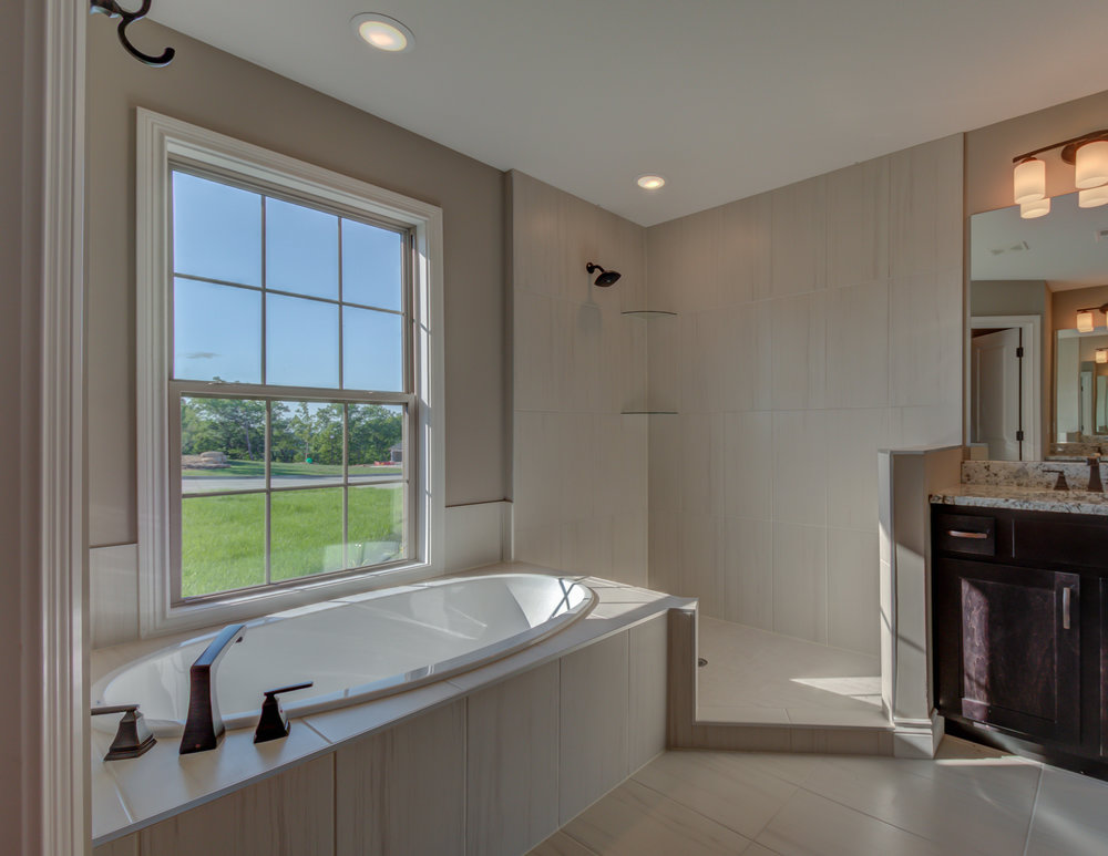 Master_Bathroom_Home_Builder.jpg